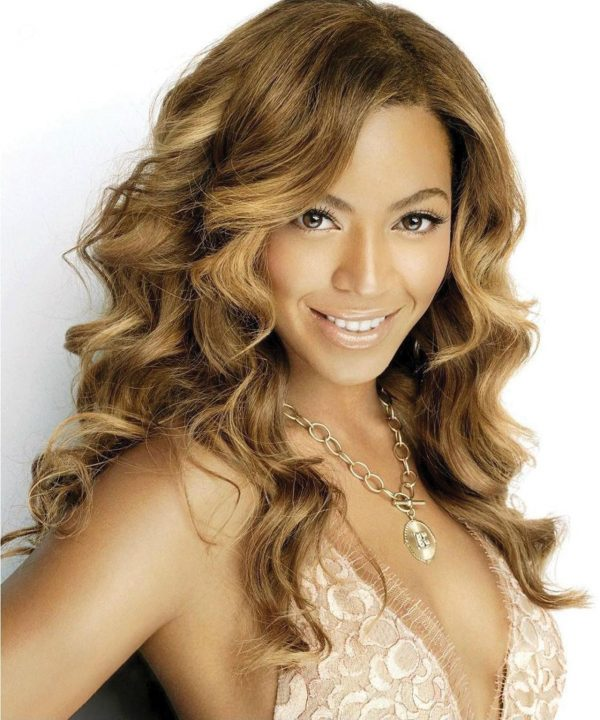 dec_snap_shots_balmain_hair_extentions_bonita_beyonce-1726536881